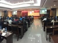 梁辉老师2月23号为东莞报业传媒集团60多位销售人员讲授了《互联网时代下的营销策划与分析》的课程。